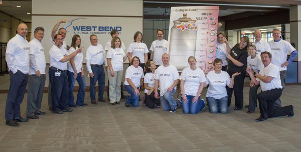 UW2014group resized 600