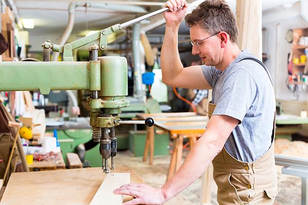 bigstock-Carpenter-working-on-an-electr-58861553SM