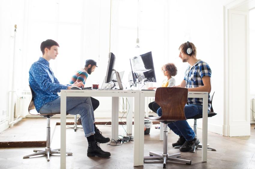 Millennials_working.jpg