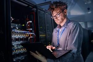 Server-room-IT-worker
