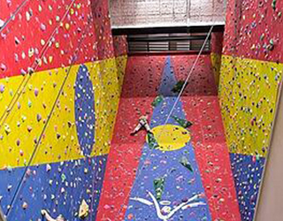 climbing-wall-safety