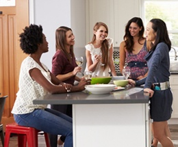 women-in-kitchen-1.jpg